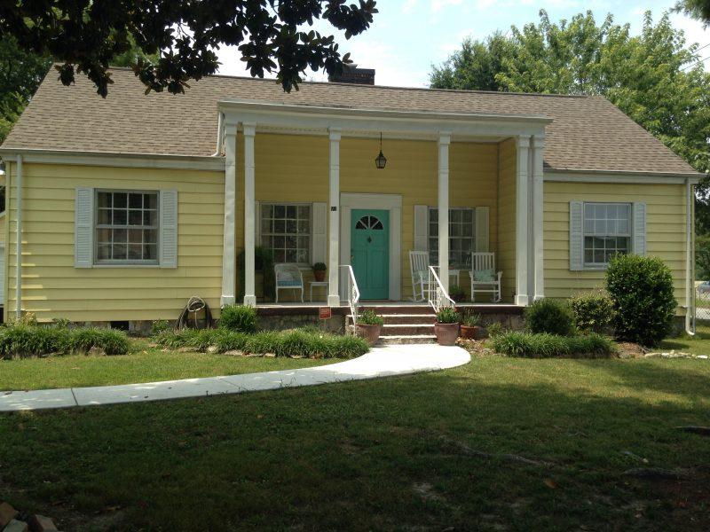 501 Sharondale Rd, Chattanooga, TN 37412
